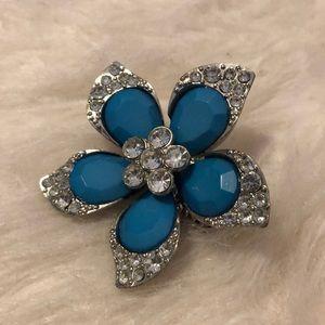 Jewelry - Blue flower ring